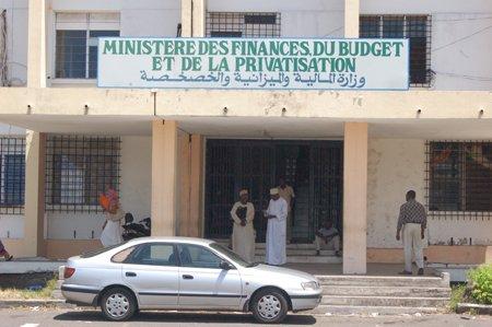 comores-blog-bref-arrt-de-travail-le-ministre-des-finances_4cd07bd8eee91