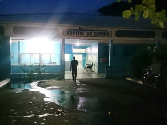 Hôpital de Hombo lundi soir. Quasi désertée par les blouses blanches