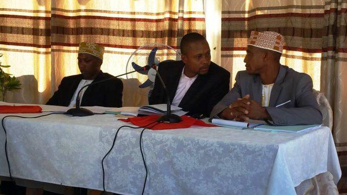Les trois conseillers de l'opposition en conference de presse à Moroni