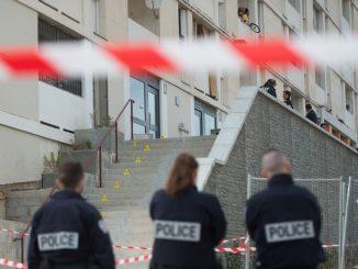 960x614_enqueteurs-scene-homicide-cite-lauriers-marseille.jpg