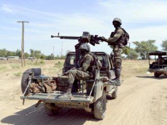 960x614_soldats-camerounais-patrouillent-nord-cameroun-pres-nigeria-novembre-2014.jpg
