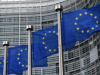 7774711845_le-siege-de-la-commission-europeenne-a-bruxelles-le-22-septembre-2014-illustration.jpg